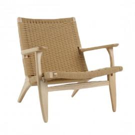 Replica van de Scandinavian Lounge CH25 fauteuil in essenhout