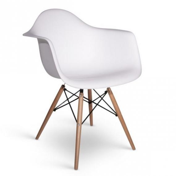"""Eames DAW: n innoittama tuoli """"korkealaatuinen"""""""
