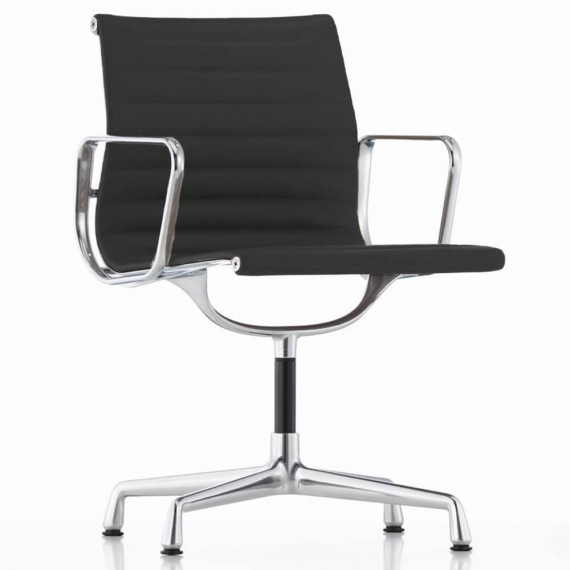 Replica Aluminium EA117 Bürostuhl von Charles & Ray Eames.