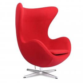 Replika fotela Egg z kaszmiru autorstwa projektanta Arne Jacobsen